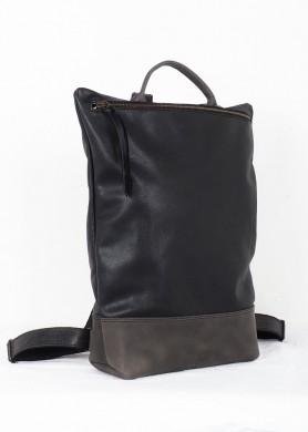 mochila de cuero gris y...