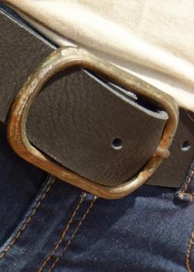 Cinturón de cuero negro 40...
