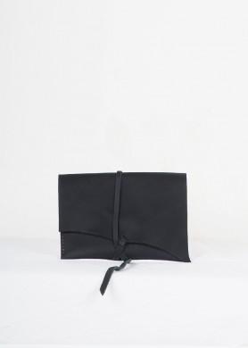 Estoig de cuir negre · Origen